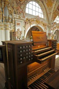 L'organo Metzler dell'abbazia di Novacella (22 luglio).