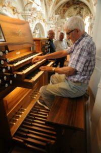 Un partecipante all'organo Metzler (22 luglio).