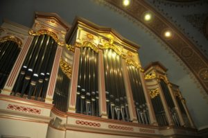 L'organo Pirchner della chiesa parrocchiale di Ortisei (23 luglio).