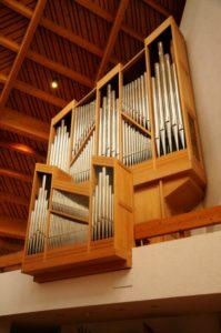 L'organo Ciresa della chiesa parrocchiale di Milland (24 luglio).
