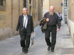 I partecipanti in visita alla città.