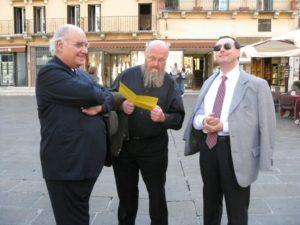 I partecipanti in visita alla città (piazza dei Signori).