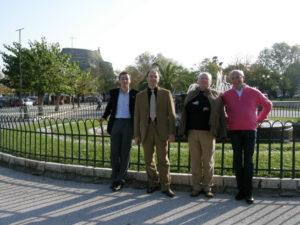 Corfù, 15 novembre 2010 Alcuni membri del Consiglio in visita all'isola (da sin. M° Manfredini, M° Manganelli, prof. Stucchi, avv. Poltronieri).