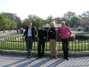 Corfù, 15 novembre 2010 Alcuni membri del Consiglio in visita all'isola (da sin. M° Manfredini, M° don Brunelli, prof. Stucchi, avv. Poltronieri).