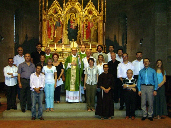 Al termine della Celebrazione Eucaristica, presieduta da S.E. Mons. Luciano Giovannetti, Vescovo di Fiesole.