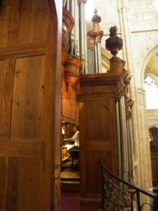 La cantoria dell'organo di S. Maximin (24 luglio).