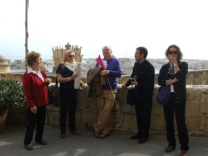 Malta, 16 novembre 2010 La Valletta, alcuni partecipanti con il prof. Stucchi e il M° don Brunelli.