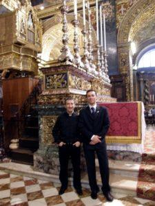 Malta, 16 novembre 2010 La Valletta, concattedrale di San Giovanni. I Maestri don Brunelli e Manfredini al termine del concerto.