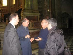Napoli, 17 novembre 2010 Cattedrale, mons. Cola con l'organista della Cattedrale M° don Vincenzo De Gregorio, e i M° don Brunelli e Manganelli.