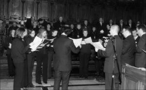 Cappella del Coro, Basilica S. Pietro – Vaticano: celebrazione dei Vespri animati dalla Cappella Musicale della Basilica S. Ambrogio (Milano), 24 Novembre 2006.