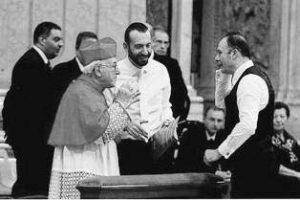 Basilica S. Pietro - Vaticano, prima della Celebrazione Eucaristica, il card. Brandmüller a colloquio con i maestri M. Manganelli e S. Baiocchi (11 Novembre 2012).