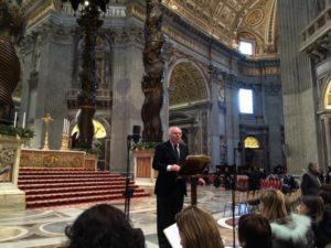 Basilica S. Pietro - Vaticano. Il vice-presidente C. Stucchi durante le prove del Coro guida, prima della solenne Celebrazione Eucaristica presieduta dal Santo Padre Francesco (01 gennaio 2014).
