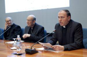 Prolusione del Presidente AISC, prof. Mons. Tarcisio Cola.