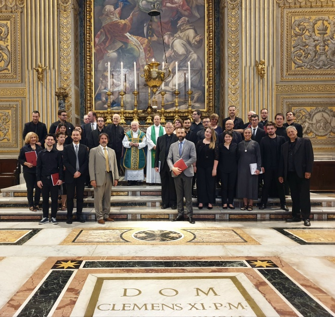 I partecipanti al corso, con i Docenti, al termine della Celebrazione Eucaristica.